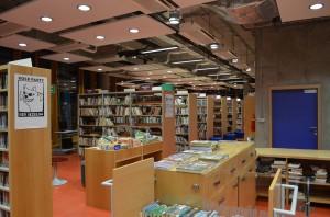 Knihovna vecer
