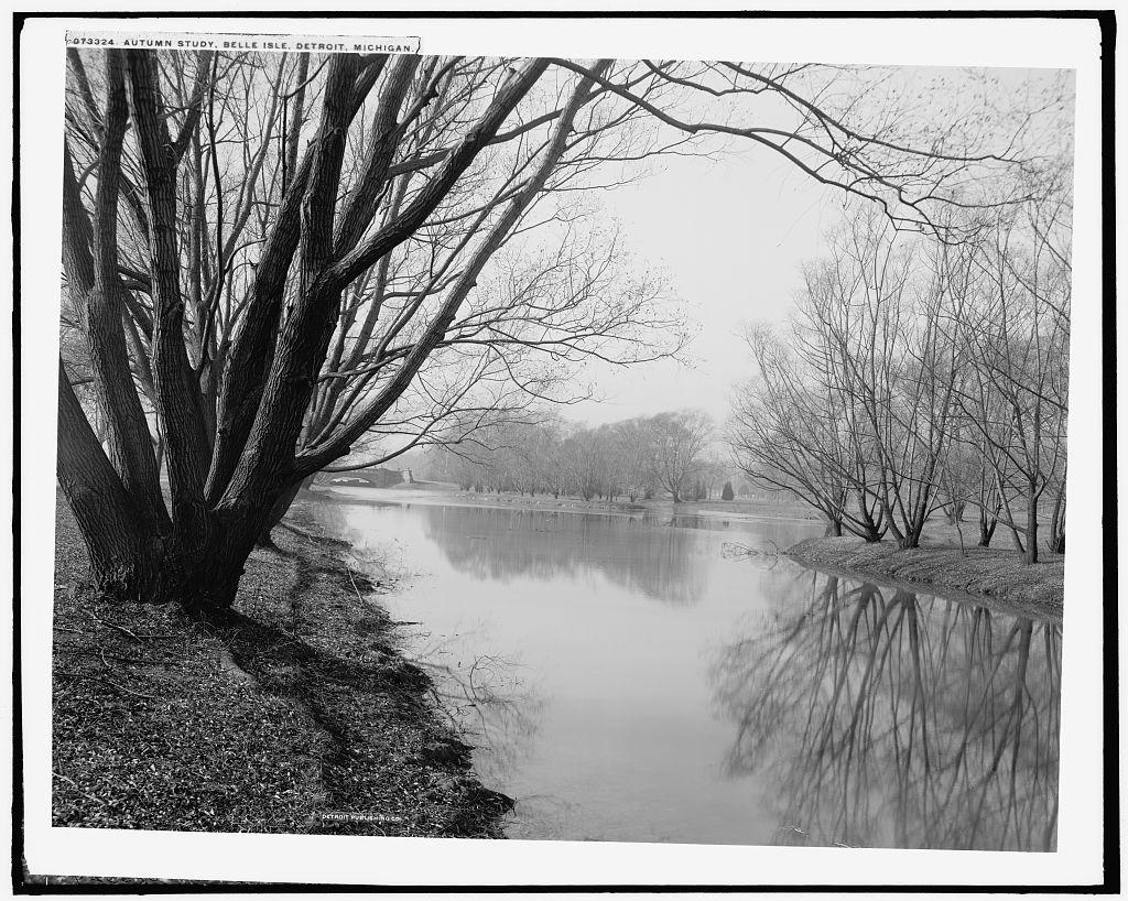 Stará fotografie melancholické podzimní řeky